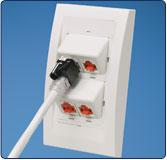 Plug-lock-in